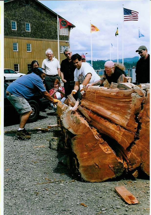 David Lewis Planksplitting at the Mill Casino in Coos Bay Oregon 2005.