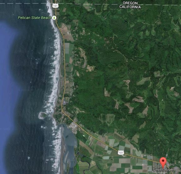 Smith River Town and Indian Beach coastline to Oregon Border